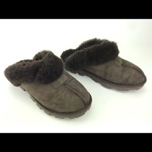 Ugg 5125 Brown Suede Shearling Slipper Size 7